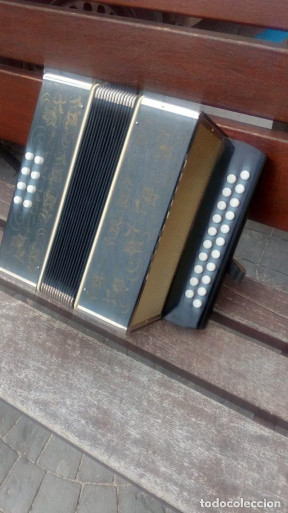 Instrumentos musicales: ACORDEON - MADE IN GERMANY EAST . - Foto 5 - 161204482