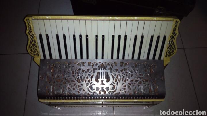 Instrumentos musicales: Extraordinaria Acordeon, 1° Calidad ,Frances, muy buen sonido - Foto 5 - 202781991