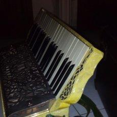 Instrumentos musicales: EXTRAORDINARIA ACORDEON, 1° CALIDAD ,FRANCES, MUY BUEN SONIDO. Lote 202781991