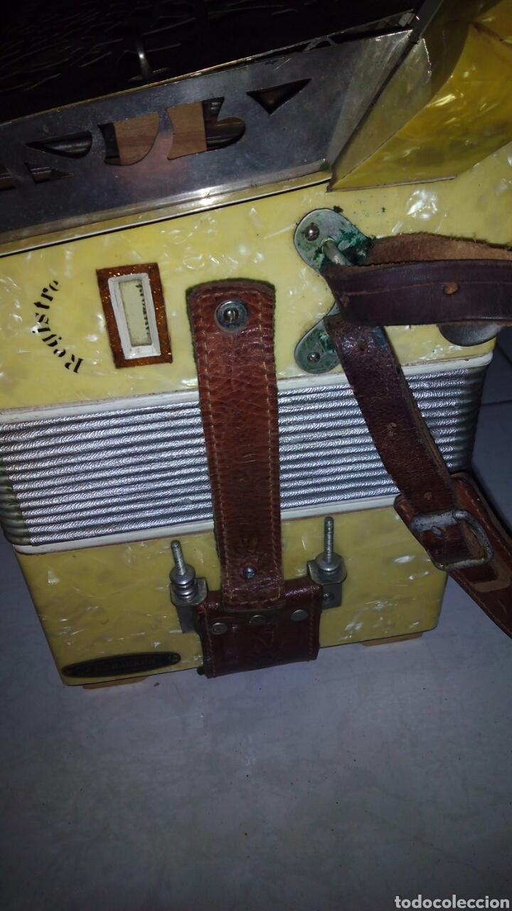 Instrumentos musicales: Extraordinaria Acordeon, 1° Calidad ,Frances, muy buen sonido - Foto 8 - 202781991