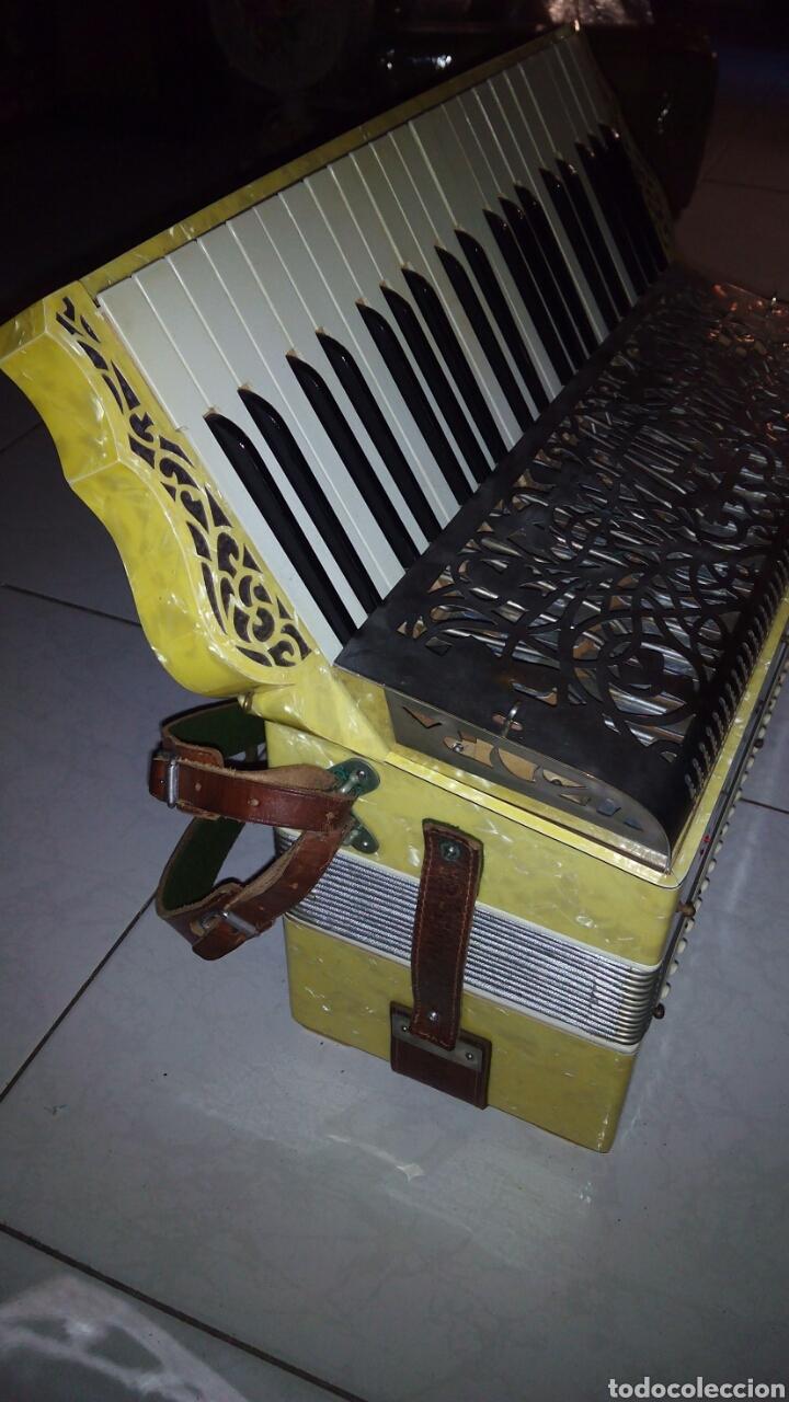 Instrumentos musicales: Extraordinaria Acordeon, 1° Calidad ,Frances, muy buen sonido - Foto 13 - 202781991