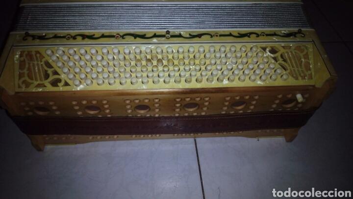 Instrumentos musicales: Extraordinaria Acordeon, 1° Calidad ,Frances, muy buen sonido - Foto 15 - 202781991