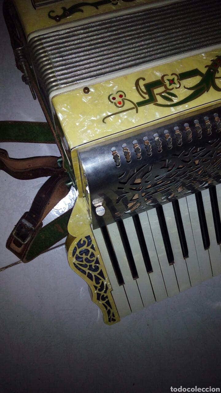 Instrumentos musicales: Extraordinaria Acordeon, 1° Calidad ,Frances, muy buen sonido - Foto 23 - 202781991