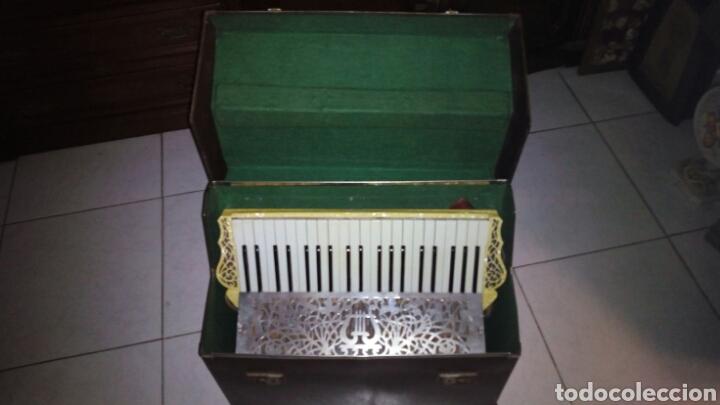 EXTRAORDINARIA ACORDEON, 1° CALIDAD ,FRANCES, MUY BUEN SONIDO (Música - Instrumentos Musicales - Viento Madera)