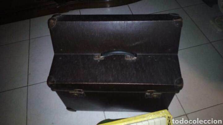 Instrumentos musicales: Extraordinaria Acordeon, 1° Calidad ,Frances, muy buen sonido - Foto 29 - 202781991