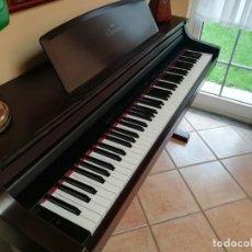 Instrumentos musicales: PIANO ELECTRICO ELECTRONICO CLAVINOVA YAMAHA CLP 55 PARA REPUESTOS LEER DESCRIPCIÓN.. Lote 162282730