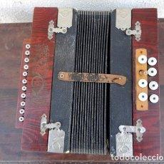 Instrumentos musicales: ACORDEON ANTIGUO DE MADERA, MARCA LA CORNETA, IMPORTE DE ALEMAGNE . Lote 162767302