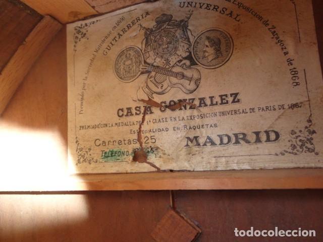 Instrumentos musicales: Bandurria Casa Gonzalez, calle carretas, 25 Madrid, desde 1868, con su funda - Para Restaurar- - Foto 13 - 163967438