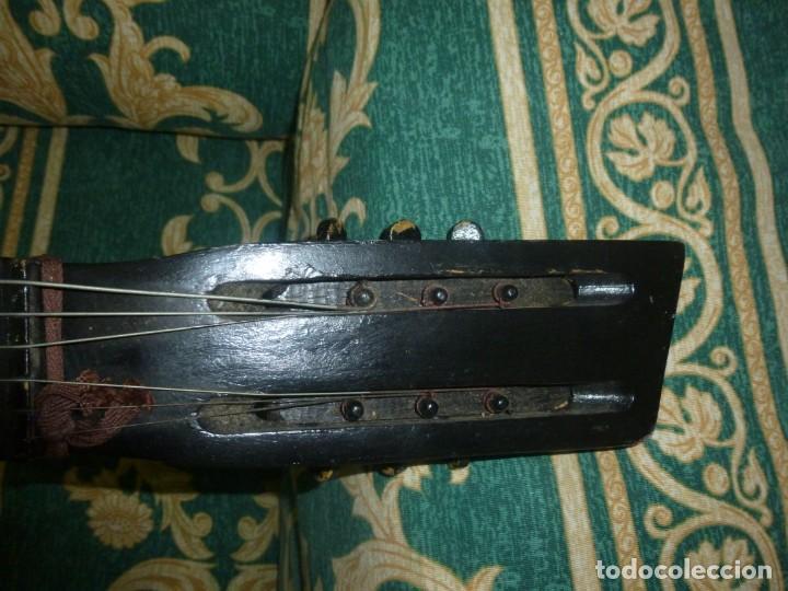 Instrumentos musicales: Antigua guitarra alemana - Foto 4 - 165348674