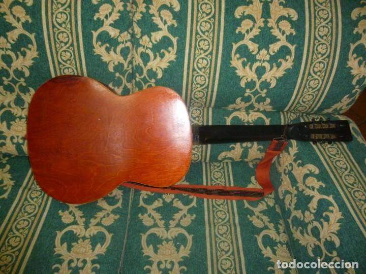 Instrumentos musicales: Antigua guitarra alemana - Foto 5 - 165348674