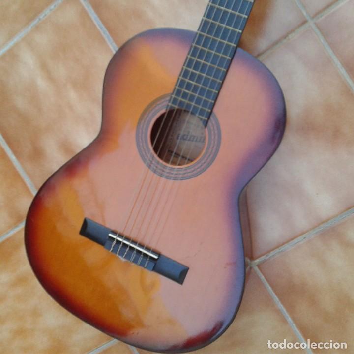 Instrumentos musicales: Antigua guitarra clásica admira Juanita - Foto 5 - 165695802