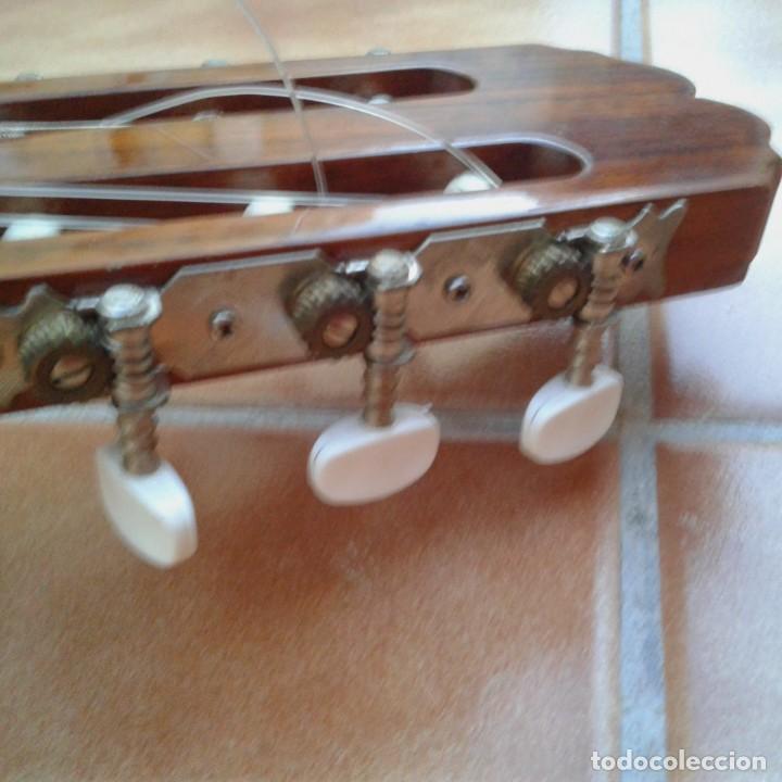 Instrumentos musicales: Antigua guitarra clásica admira Juanita - Foto 8 - 165695802