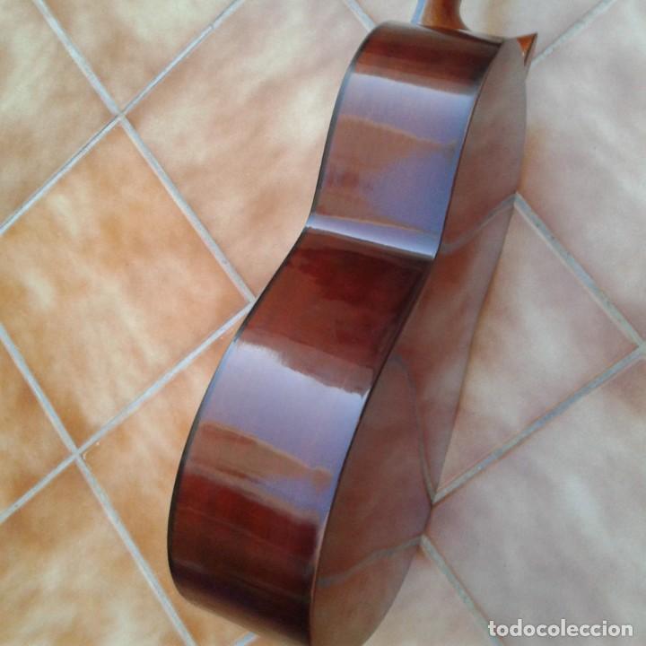 Instrumentos musicales: Antigua guitarra clásica admira Juanita - Foto 9 - 165695802
