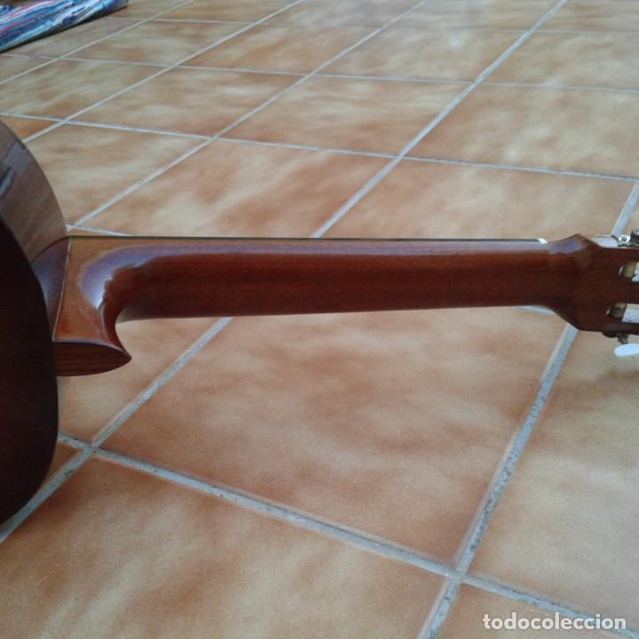 Instrumentos musicales: Antigua guitarra clásica admira Juanita - Foto 11 - 165695802