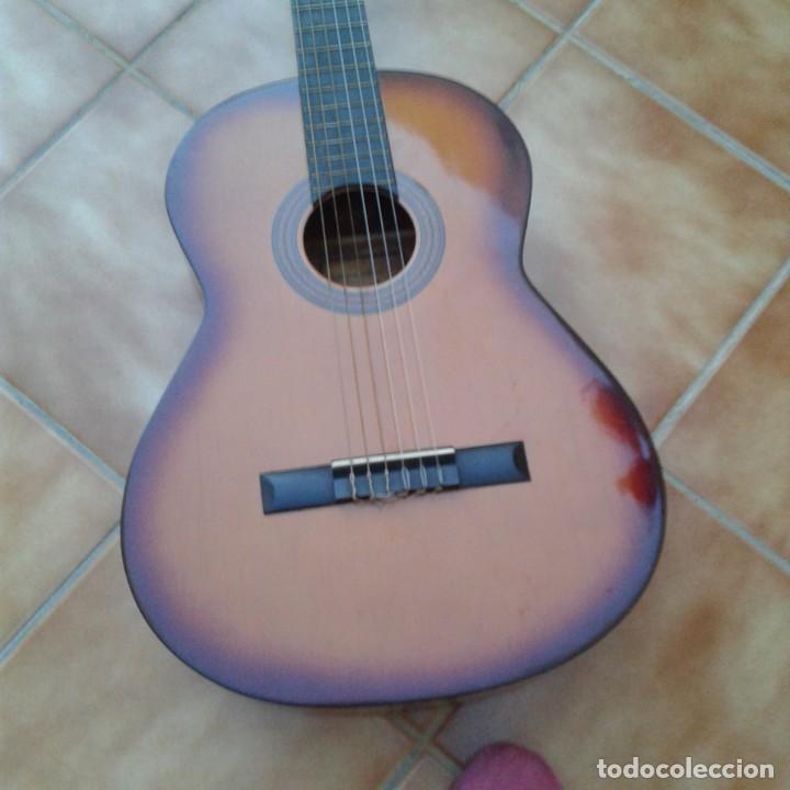 Instrumentos musicales: Antigua guitarra clásica admira Juanita - Foto 18 - 165695802