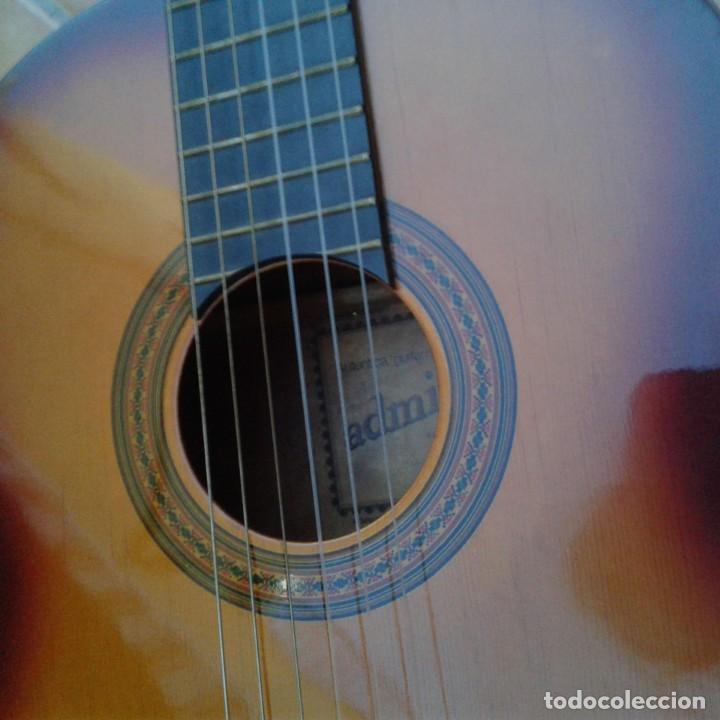 Instrumentos musicales: Antigua guitarra clásica admira Juanita - Foto 20 - 165695802