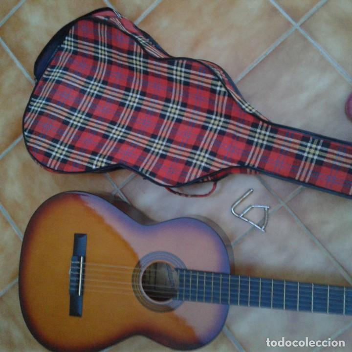 Instrumentos musicales: Antigua guitarra clásica admira Juanita - Foto 22 - 165695802