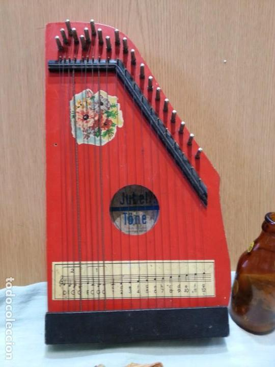 CÍTARA MUY VIEJA. INSTRUMENTO MUSICAL CENTRO-EUROPEO. MARCA JUBEL. (Música - Instrumentos Musicales - Cuerda Antiguos)