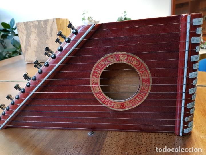 CITARA O SIMARRA DE 15 CUERDAS - CREO QUE ES DE MONTELEON (Música - Instrumentos Musicales - Cuerda Antiguos)