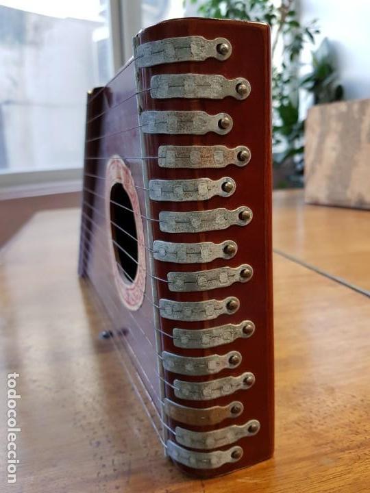 Instrumentos musicales: Citara o simarra de 15 cuerdas - Creo que es de MONTELEON - Foto 3 - 166831090
