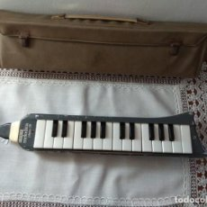 Instrumentos musicales: HONNER MELODICA PIANO 26 MADE IN GERMANY. Lote 166915832