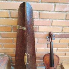 Instrumentos musicales: VIOLIN SIGLO XVIII (CAJA ORIGINAL) 60X20X4CTMS (MUY DETERIORADO)STRADIVARIUS?. Lote 167061308
