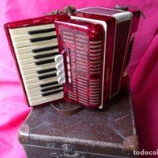 Instrumentos Musicais: WELTMEISTER 40 BAJOS 4 CAMBIOS IDEAL PARA INCIARSE TAMAÑO MEDIANO. Lote 167598888