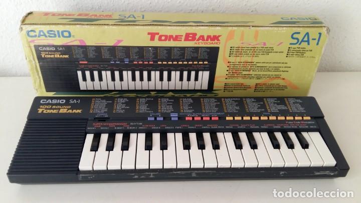 CASIO SA-1 TONE BANK KEYBOARD 100 SOUND TECLADO ELECTRONICO CON CAJA ORIGINAL Y FUNCIONANDO (Música - Instrumentos Musicales - Teclados Eléctricos y Digitales)