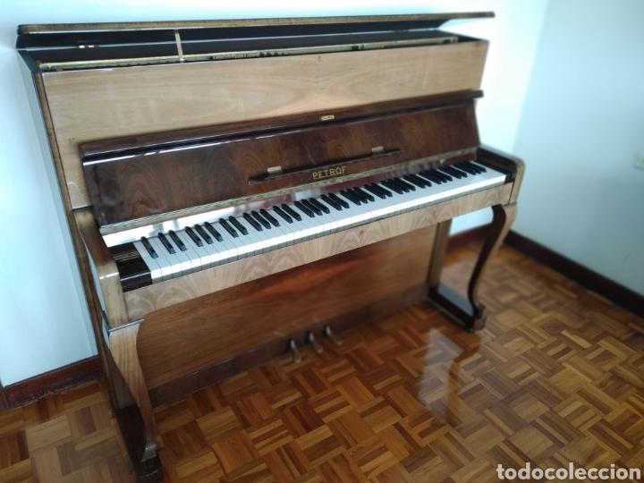 Instrumentos musicales: Piano Petrof - Foto 2 - 168465674