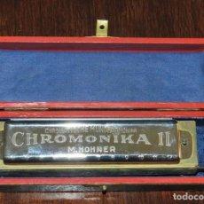 Instrumentos musicales: ANTIGUA ARMÓNICA (CHROMONIKA II) M. HOHNER, MADE IN GERMANY, CON SU ESTUCHE ORIGINAL, COMO NUEVA, EX. Lote 168785273