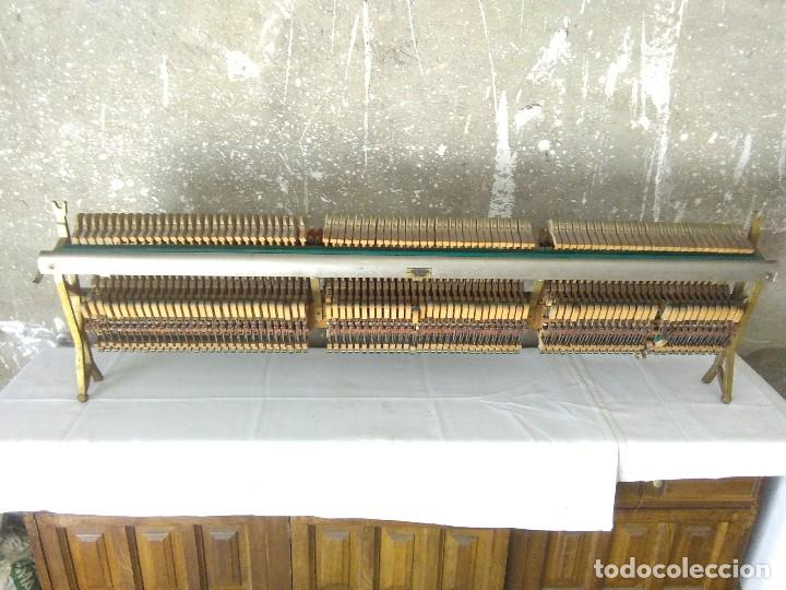 Instrumentos musicales: antiguo puente de piano louis renner stuttgart - Foto 5 - 169576680