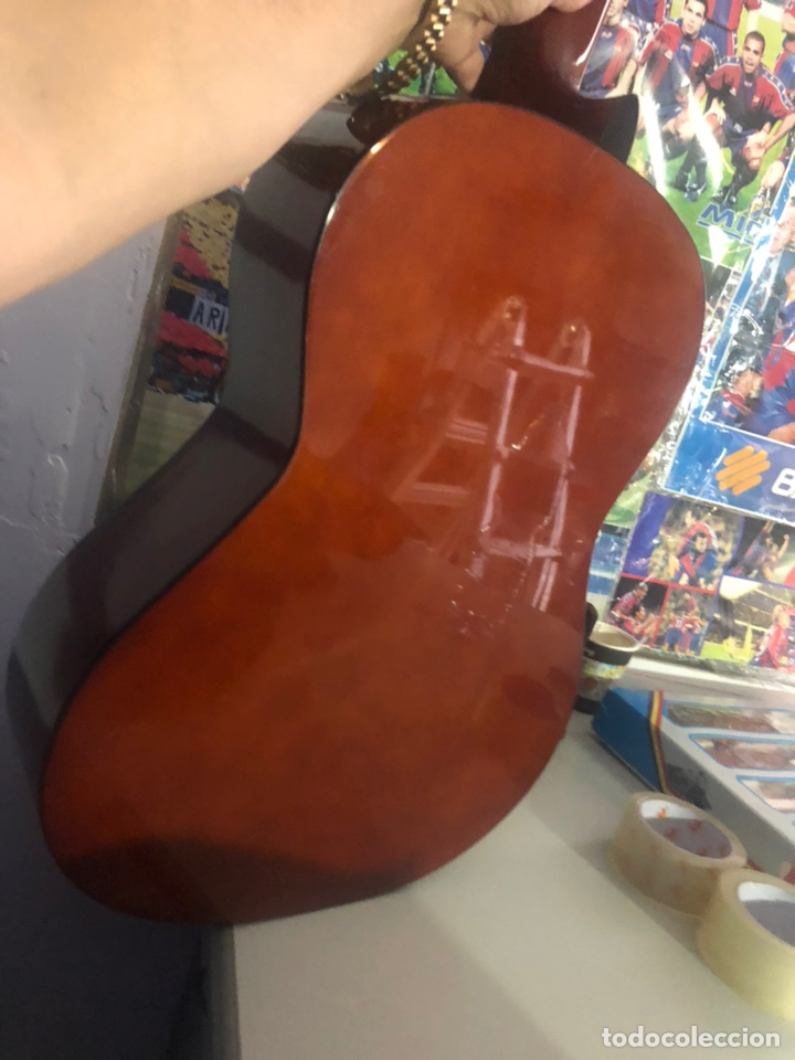 Instrumentos musicales: Antigua guitarra española sonora nueva en su funda original - Foto 4 - 170548089