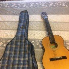 Instrumentos musicales: GUITARRA VICTORIA. Lote 170772785