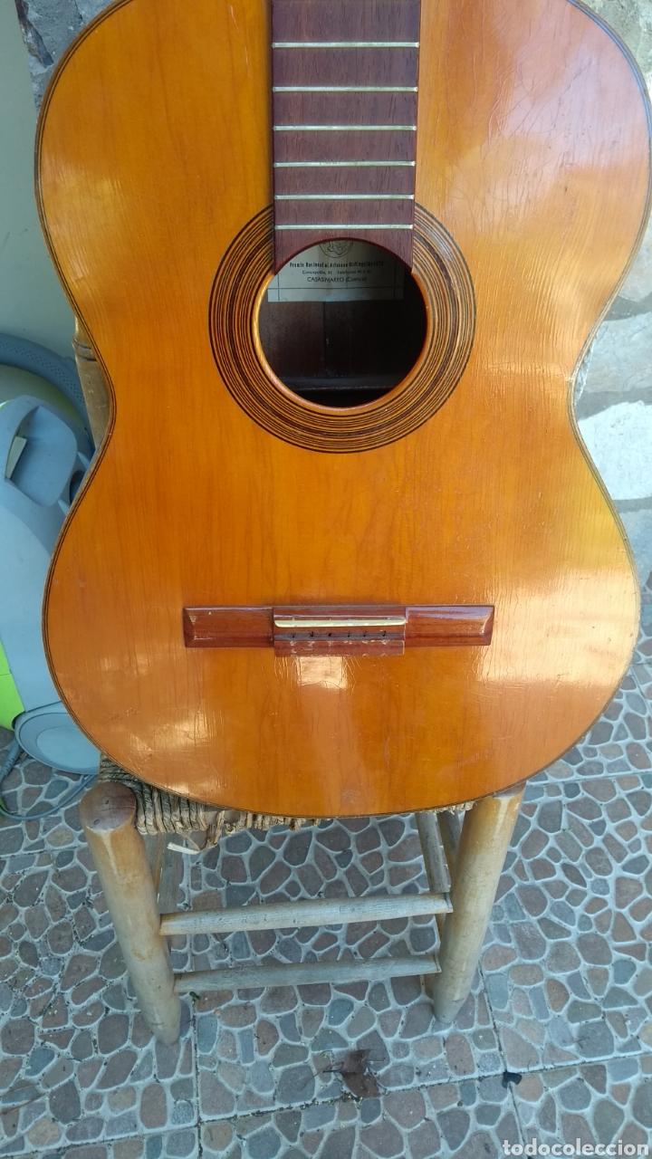 Instrumentos musicales: Leer antes de comprar/Gabriela casas viuda de Vicente Carrillo guitarra - Foto 2 - 170934092
