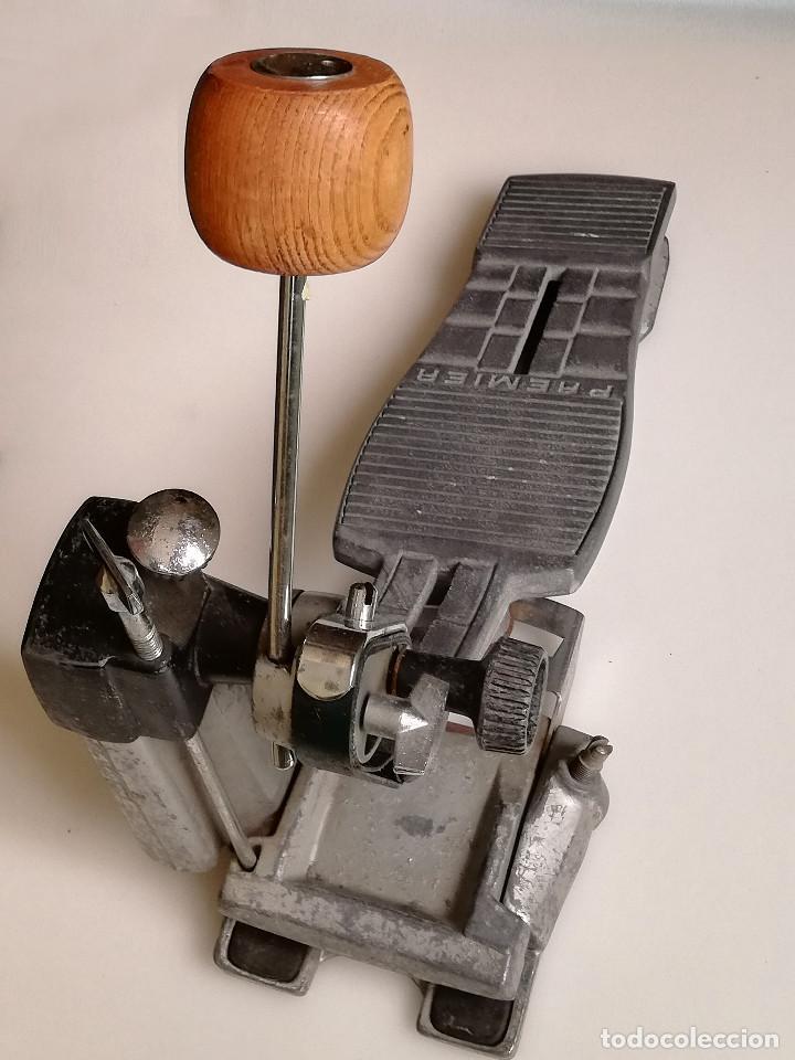 Instrumentos musicales: Pedal Premier 252 - Foto 2 - 171051094