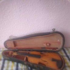 Instrumentos musicales: VIOLÍN EN MINIATURA ANTIGUO . Lote 171459084