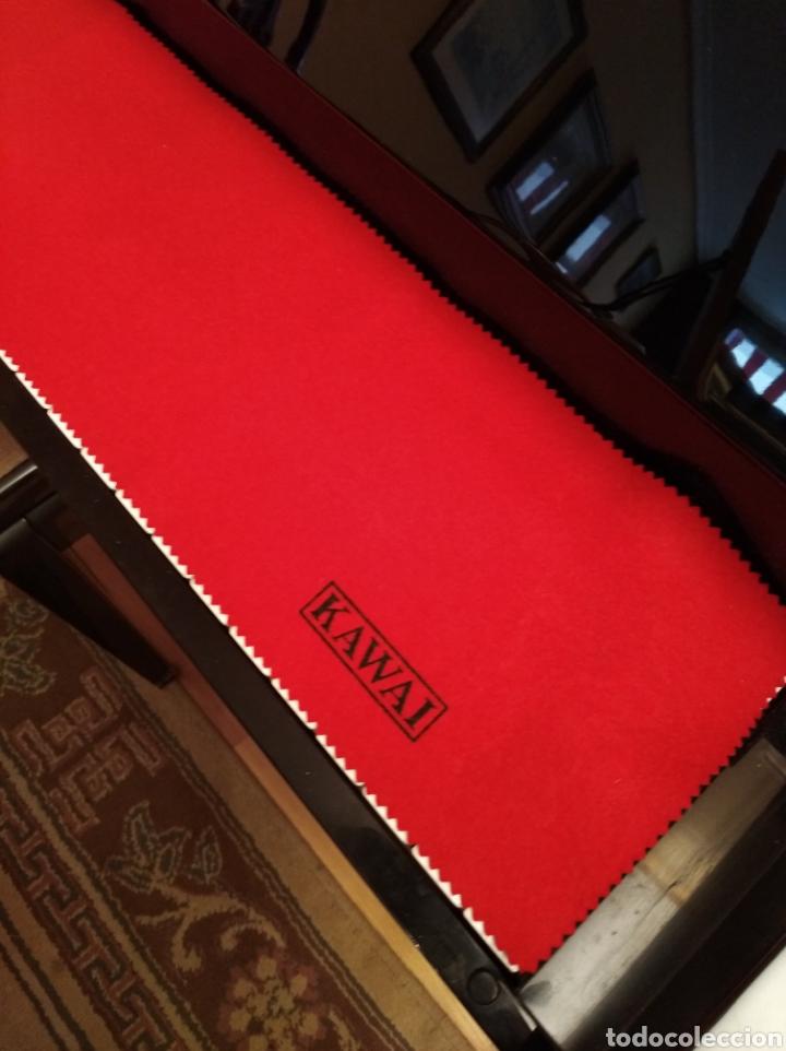 Instrumentos musicales: Piano de pared Kawai totalmente nuevo, solo a falta de afinación. - Foto 4 - 171583960