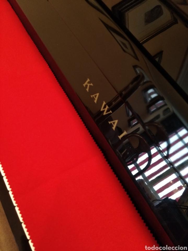 Instrumentos musicales: Piano de pared Kawai totalmente nuevo, solo a falta de afinación. - Foto 5 - 171583960