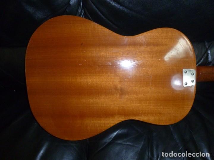 Instrumentos musicales: Antigua guitarra Hoyer - Foto 3 - 172097083