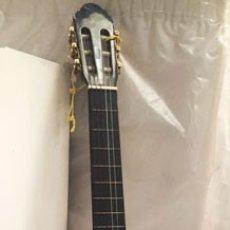 Instrumentos musicales: GUITARRA CLASICA. Lote 172231694