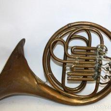 Instrumentos musicales: IMPORTANTE TROMPA EN LATON DE LA PRESTIGIOSA MANUFACTURA ALEMANA ED.KRUSPE. Lote 172605908