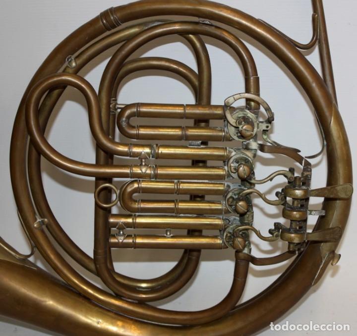 Instrumentos musicales: IMPORTANTE TROMPA EN LATON DE LA PRESTIGIOSA MANUFACTURA ALEMANA ED.KRUSPE - Foto 4 - 172605908