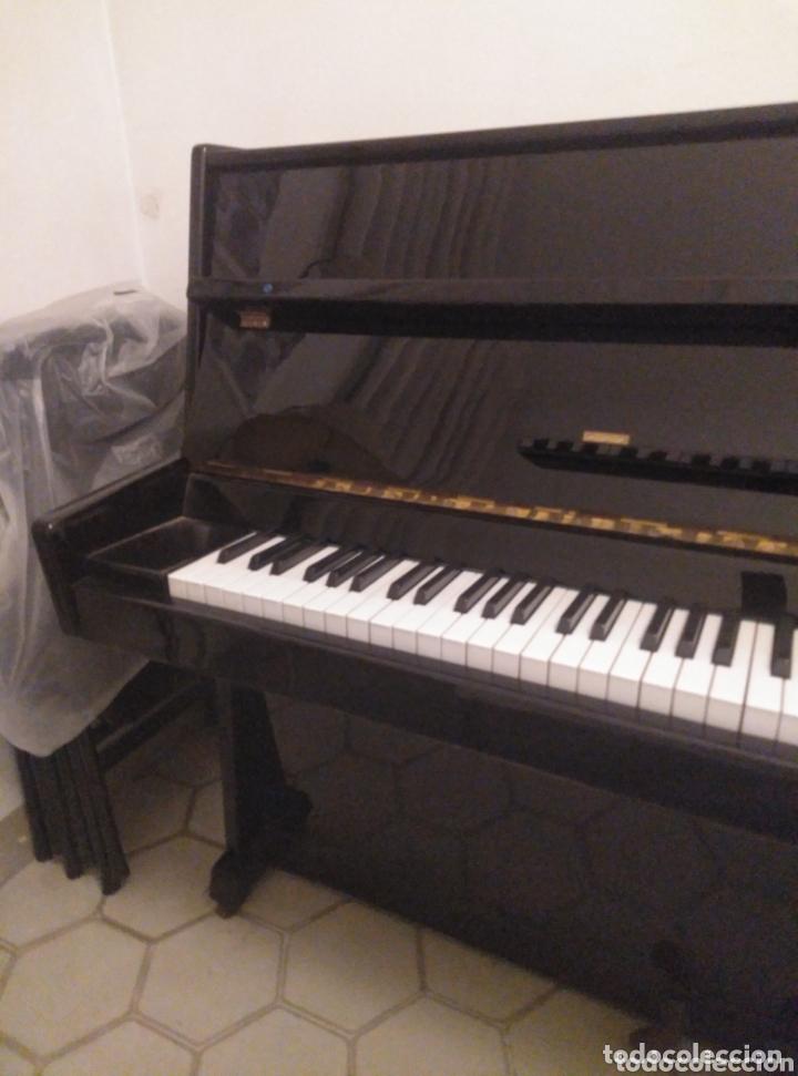 Instrumentos musicales: Piano vertical de pared Cherny lacado negro 1985, muy buen estado. Con sordina - Foto 3 - 172862078