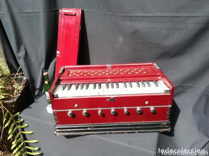 Instrumentos musicales: Instrumento Armonio de fuelle manual - Foto 3 - 172909494