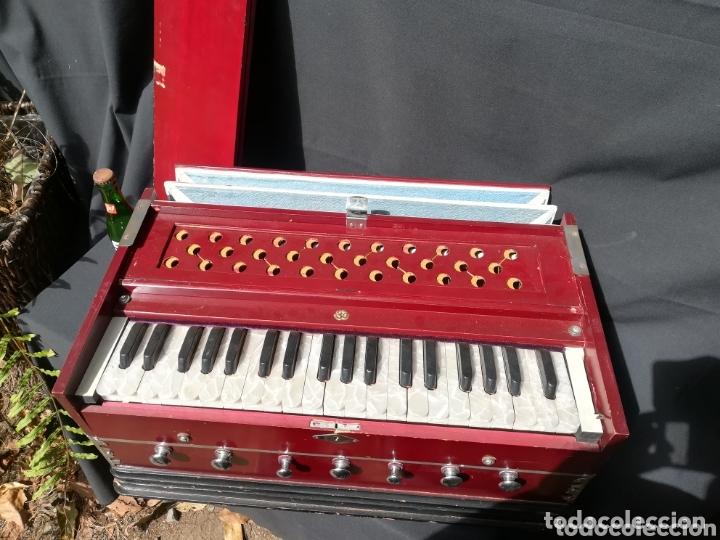 Instrumentos musicales: Instrumento Armonio de fuelle manual - Foto 5 - 172909494
