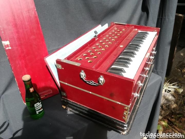 Instrumentos musicales: Instrumento Armonio de fuelle manual - Foto 8 - 172909494