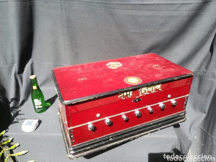 Instrumentos musicales: Instrumento Armonio de fuelle manual - Foto 9 - 172909494