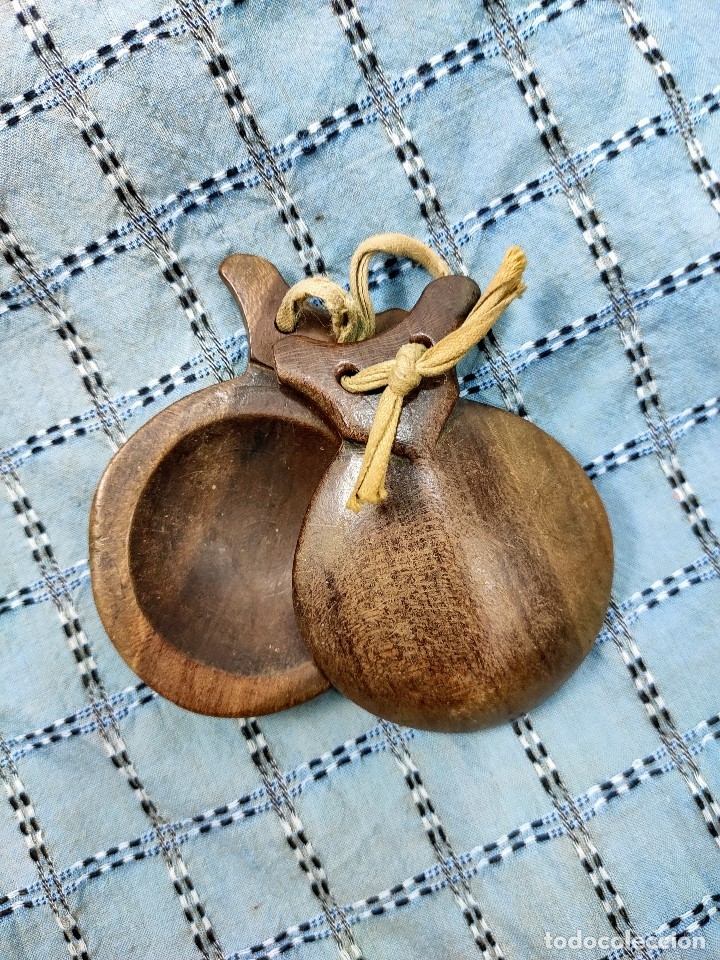 Instrumentos musicales: Castañuela antigua - Foto 2 - 173478660