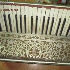Instrumentos musicales: SELL FILARMONICA ACORDEON ANTIGUA PAOLO SOPRANI E FIGLI CASTELFIDARDO ITALIA CON PIEDRAS PEGADAS. Lote 191168920