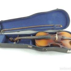 Instrumentos musicales: ANTIGUO INSTRUMENTO MUSICAL VIOLÍN CON ARCO Y ESTUCHE ORIGINAL VINTAGE. Lote 174156639